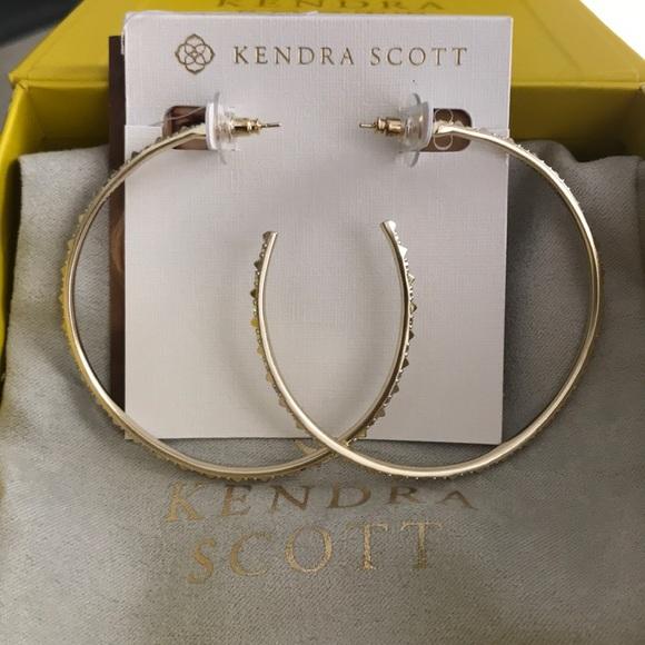 35340183a0666 Kendra Scott Val Gold Hoop Earrings NWT